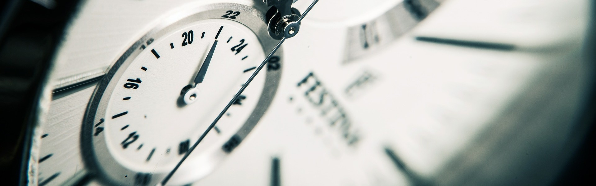 cropped-cropped-clock-407101_1920